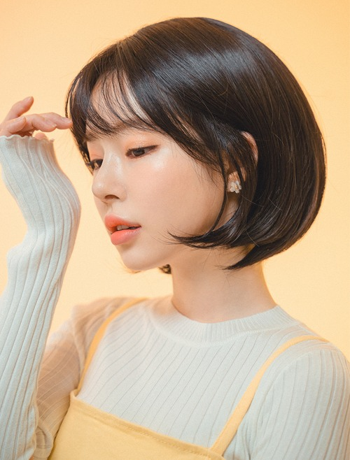 Handmade Full Wig See-through Bangs Medium Bob Cut
